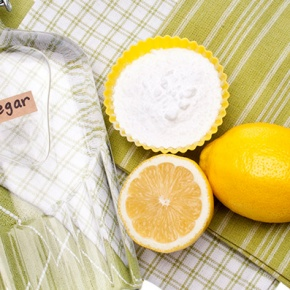 Vinegar, Baking Powder, Lemon And Other Household Items