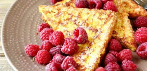 Frenchtoast with Raspberries