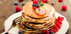Pancakes Wth Mix Berries