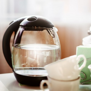 Kettle With Water Filter
