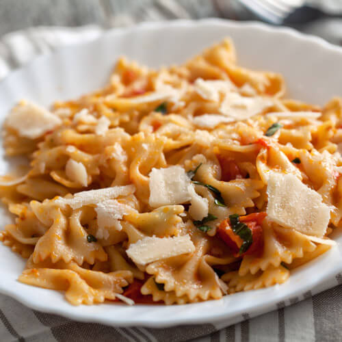 Tomato Pasta With Parmesan Cheese