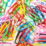 7 Easy Ways Paper Clips Can Help You DIY (+ 1 Crazy Trick!)