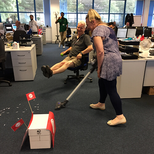 Team Contact Centre Vacuuming
