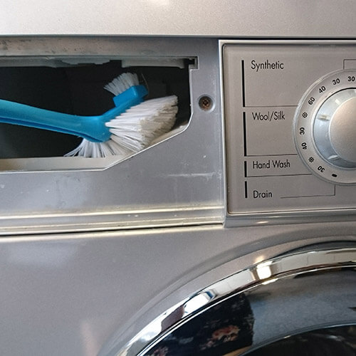 Scrubbing Detergent Drawer With Washing Up Brush