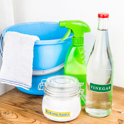Baking Soda, Vinegar And Cleaning Supplies