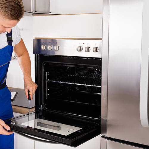 Male Unscrewing Oven Door