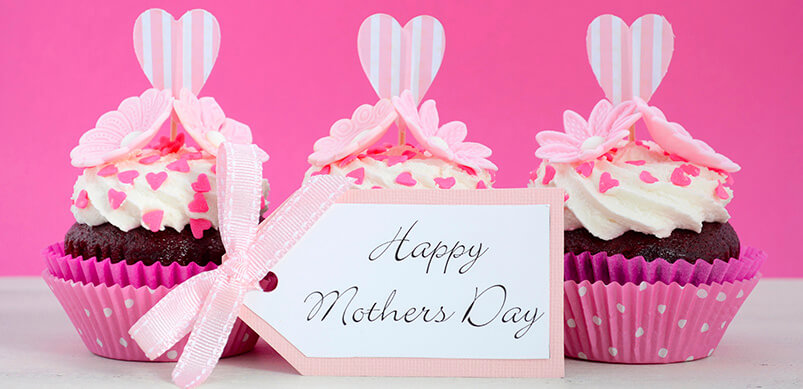 Pink Cupcakes With Happy Mothers Day Tag