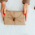 The Anti-Consumerist Guide To Christmas Gifts