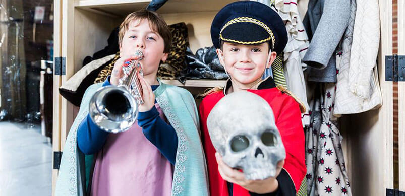 Children Dressing Up As Shakespeare Characters