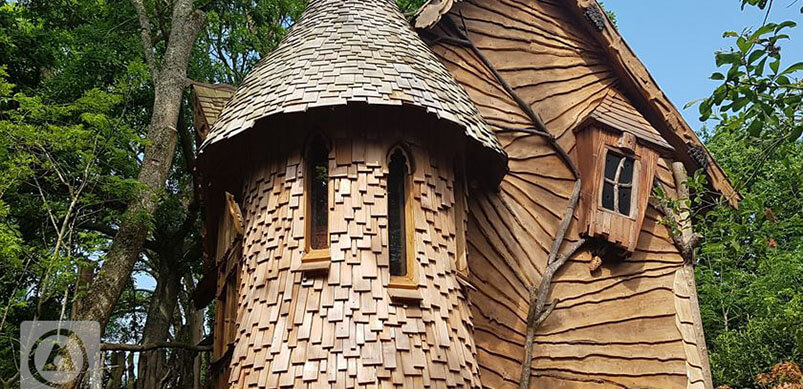 Glamping Treehouse In Blackberry Wood