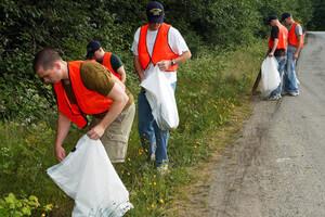 group picking up rubbish