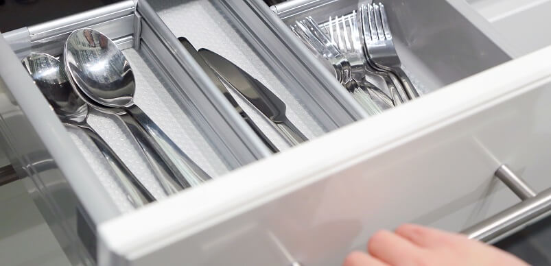 Opening Cutlery Drawer