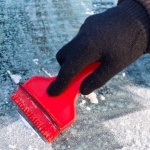 How to de-ice your car windscreen fast!