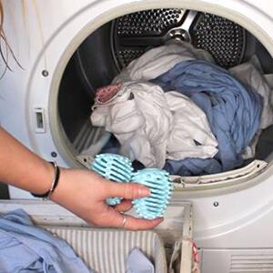 Dryer Eggs and Washing Machine