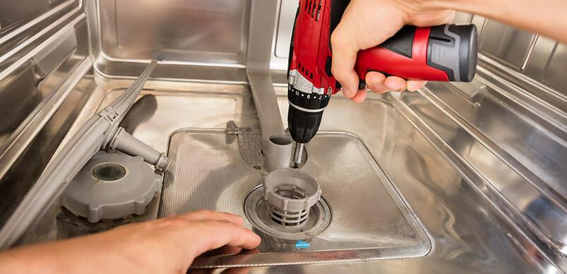 Hands Drilling Washing Machine